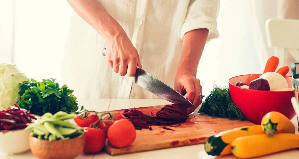 Jaki nóż szefa kuchni wybrać 2021 – Nasze Opinie oraz Ranking
