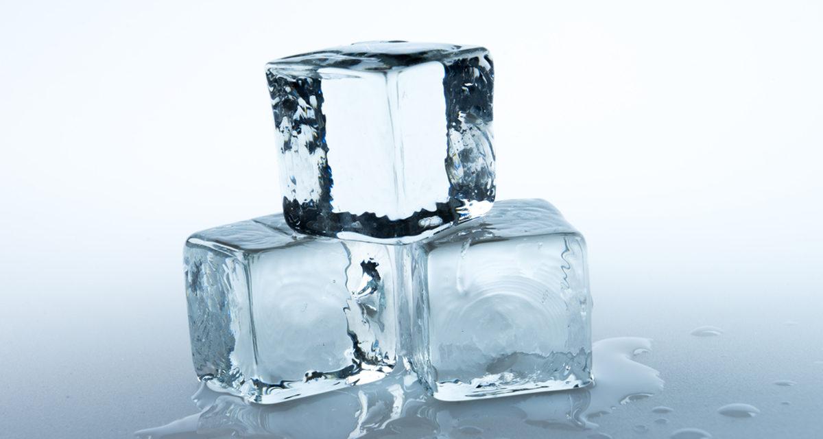 Jaką kostkarkę do lodu wybrać w 2021 – Nasze Opinie oraz Ranking